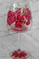 Бокал для вина с пионами